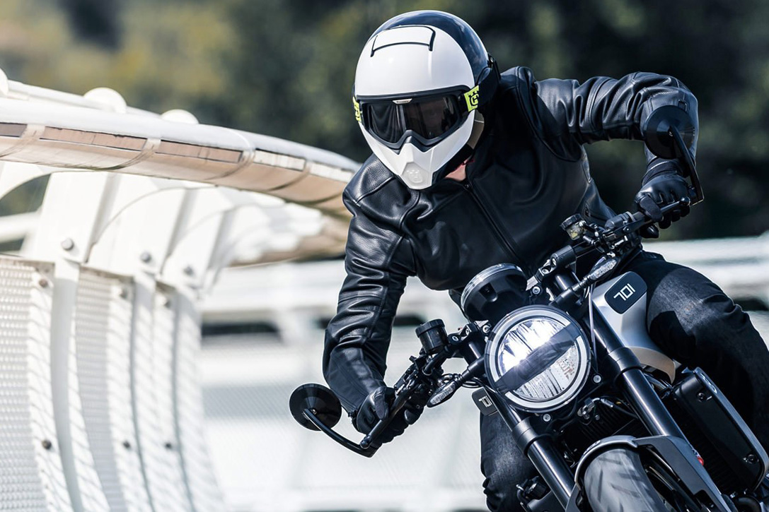 Best-Full-Face-Motorcycle-Helmets-0-Hero